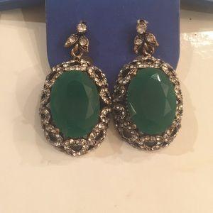 Earrings jade green stone pair